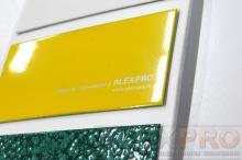 Компактные образцы эмалей для металла